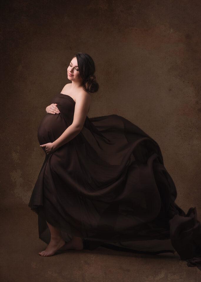 Pregnancy maternity photography Nottinghamshire Derbyshire Giltbrook Eastwood East Midlands Studio Photographer