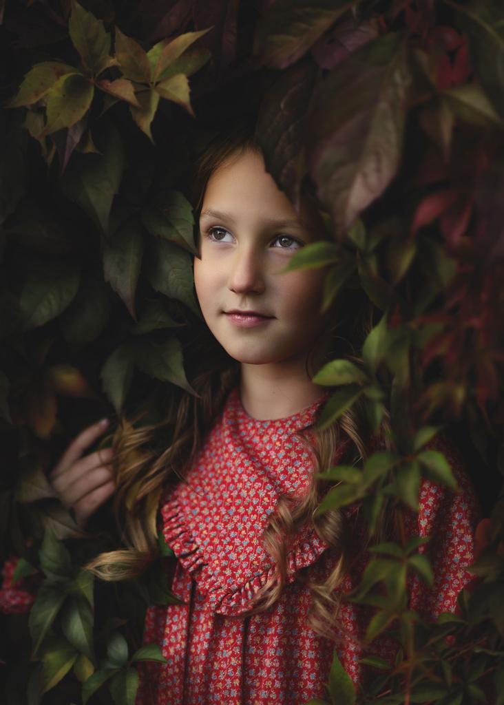 Children Portrait Photographer Nottingham, Autumn Family Fine Art Photoshoot Nottingham