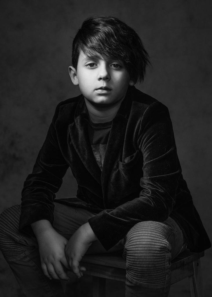Fine Art Portrait Nottingham, Children Studio Photography Nottingham Derby East Midlans Eastwood